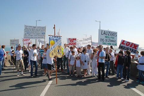 Photo 1 : Xynthia : Manifestations sur l'île de Ré. Source : Jacky Laugraud.